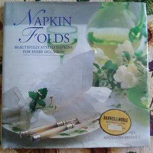 Napkin Folds Book